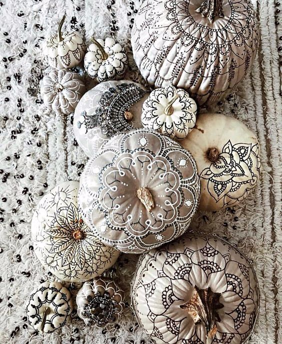 grey and neutral pumpkins with mandala decor done with sharpies are very lovely and chic