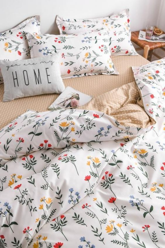 pretty colorful floral bedding will make your bedrom spring ready at once and will refresh it with color and pattern