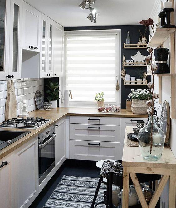a cozy, modern, farmhouse kitchen design