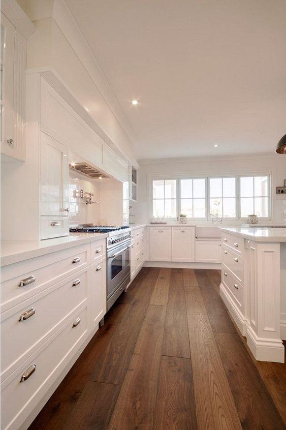 a simple cozy farmhouse kitchen design