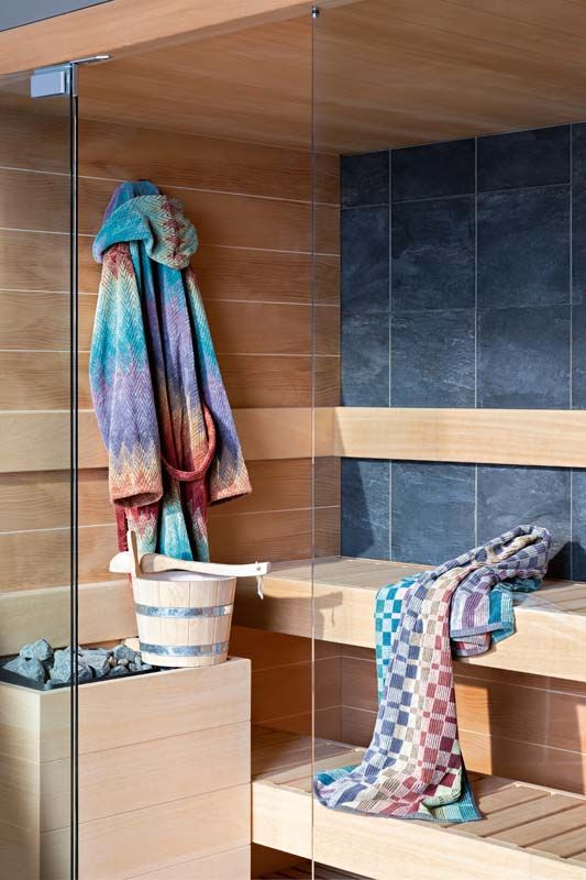 vibrant and colorful bathroom textiles are right what you need in summer, switch to them