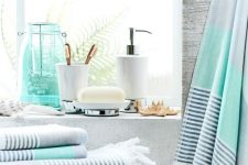 22 cool coastal-themed grey, aqua and striped towels will make your bathroom feel like coasts and summer easily