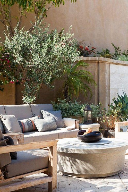 a cool mediterran terrace design