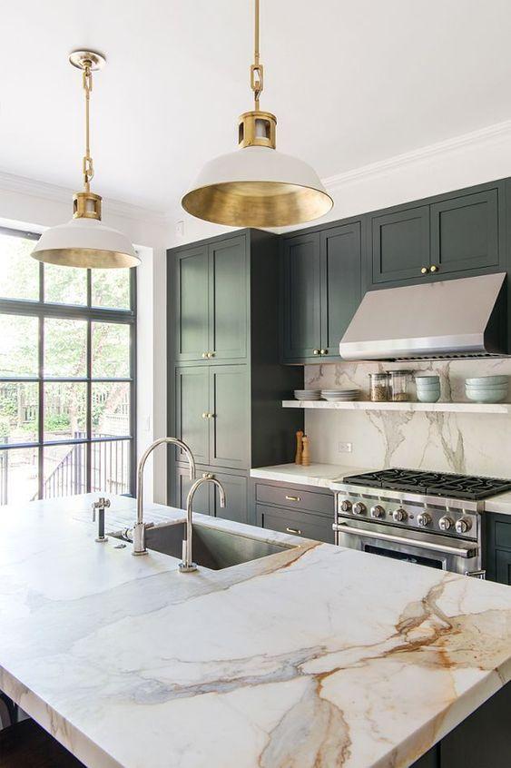 a cute farmhouse kitchen design