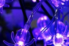 30 gorgeous sheer purple spider lights will be a cool decoration for Halloween, you can use them absolutely anywhere
