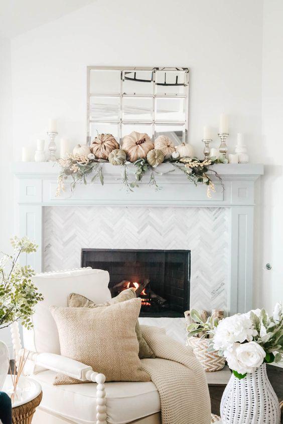 a cute neutral fall living room decor