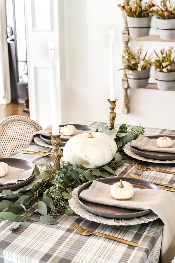 plaid tablecloth is perfect for a thanksgiving table setting