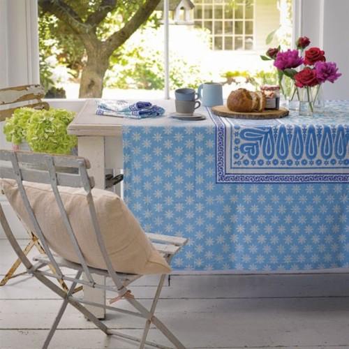 25 best summer tablecloths for outdoors 17 500x500