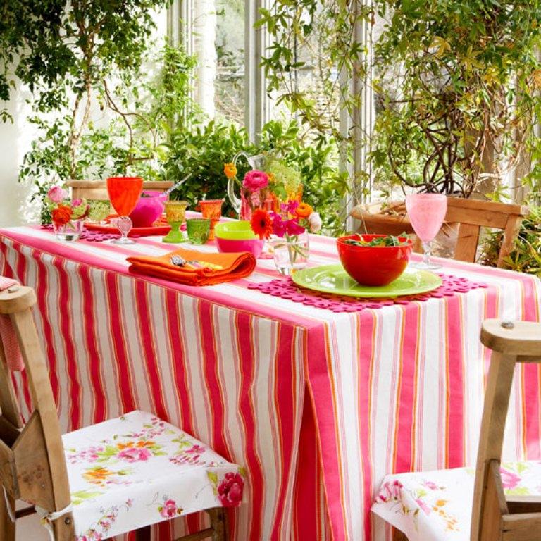 Best Summer Tablecloths For Outdoors