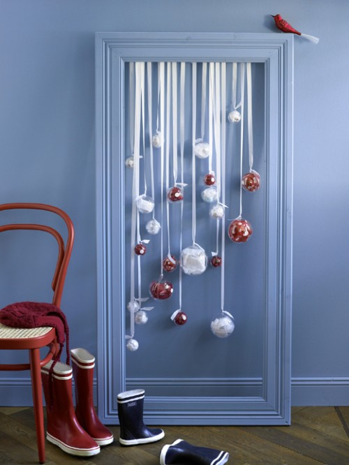 25 Cool Christmas Ornament Displays