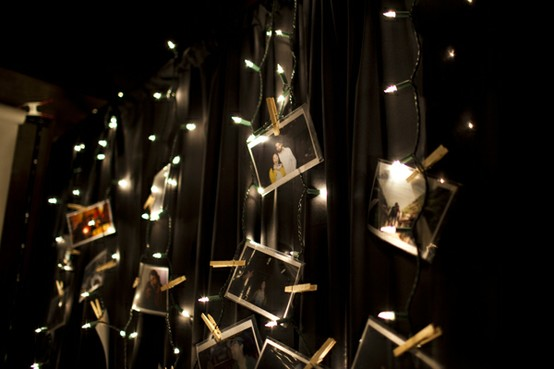 String lights family photo display