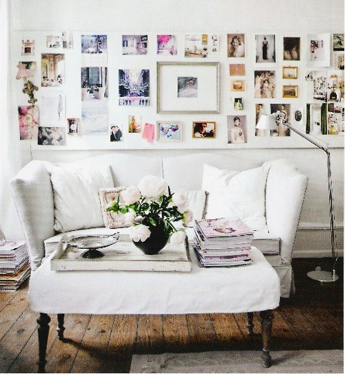 Family photos on the whole wall (via pinterest)