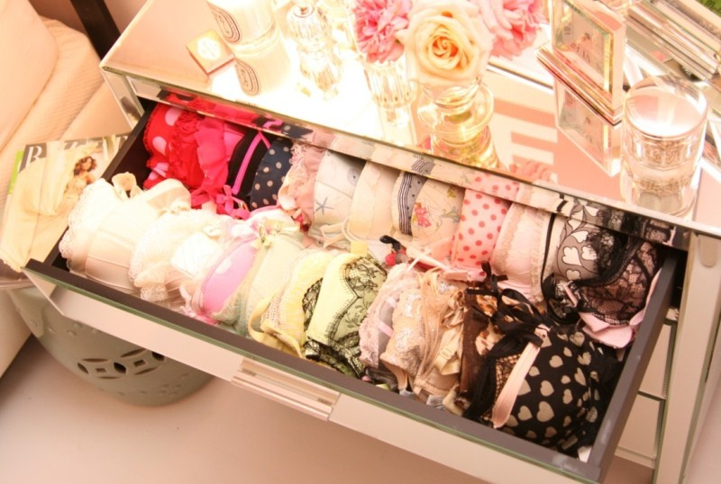 30 Cool Ideas For Storing Girls Things Shelterness