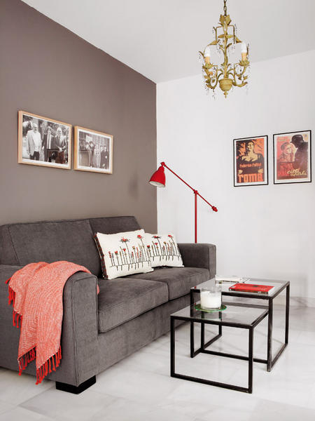 Small 45 Square Meters Apartment That Seems Bigger Than It Is Shelterness