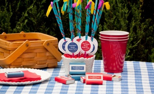 4th of July DIY Sparklers To Decorate The Table
