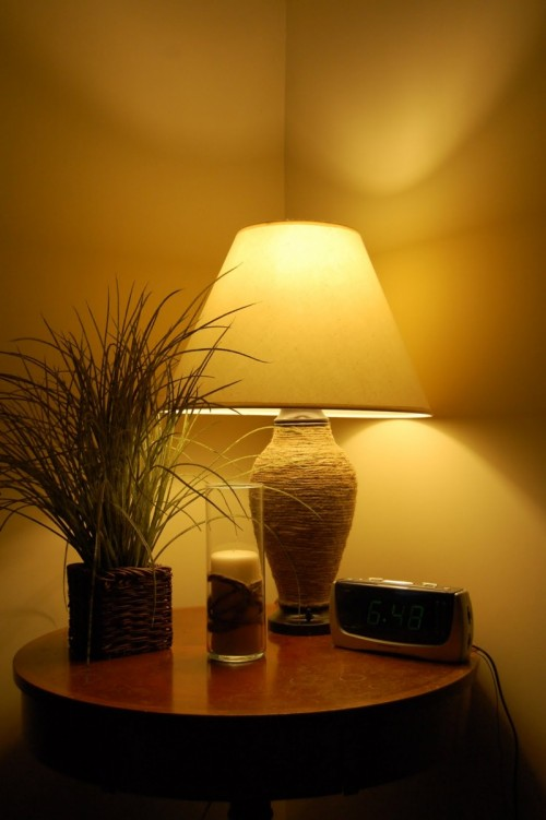 Jute Lamp Before And After (via maplememoriescrafthouse)