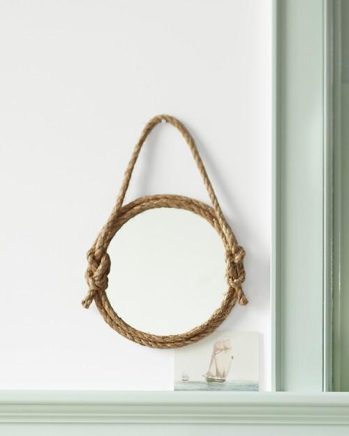 DIY Rope Mirror (via marthastewart)