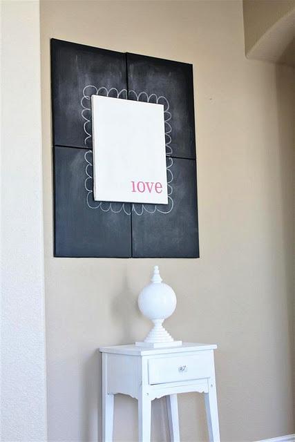 DIY Valentine's Day Canvas (via ourdailyobsessions)