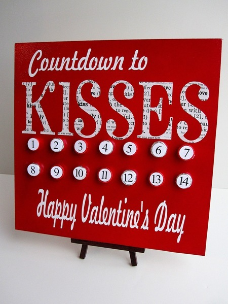 DIY Valentineu0027s Day Countdown Canvas (via Curbly)