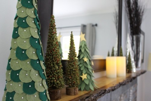 DIY Felt Christmas Trees (via betterremade)