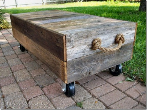 DIY Factory Cart-Style Coffee Table (via addicted2decorating)