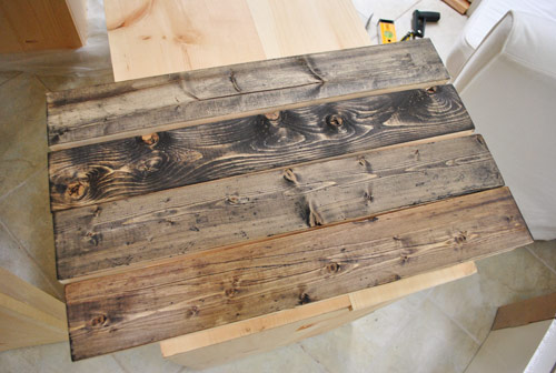 How To Make New Wood Look Old (via younghouselove)