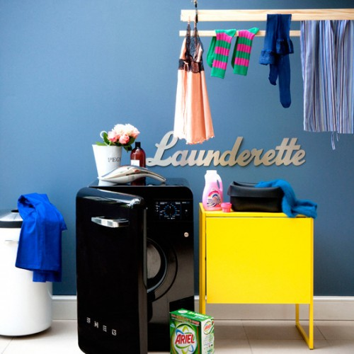 Laundry Room Designed In 50s-Style