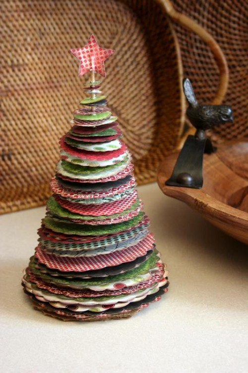 10 diy paper tabletop christmas trees shelterness - Christmas tree craft ideas ...