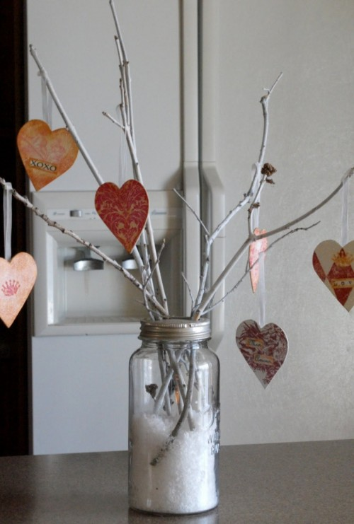 Cool diy valentine s day trees shelterness