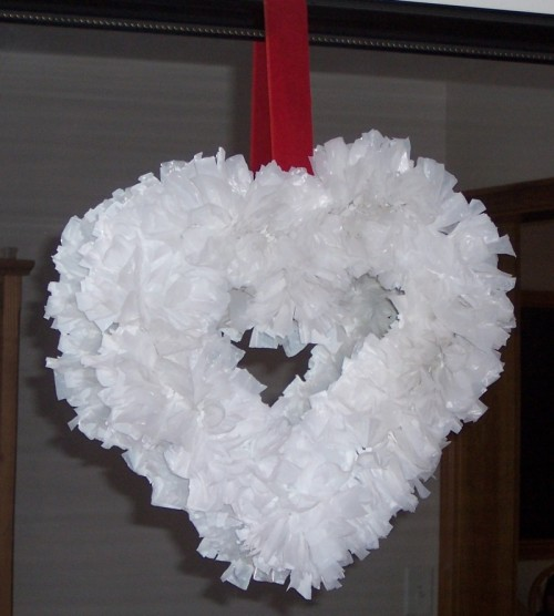 DIY Valentine Wreath Made Of Grocery Bags