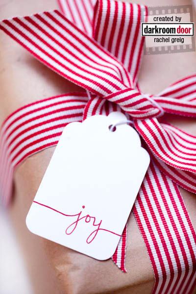 Gift Wrap With Christmas Sentiments (via rachelgreig)