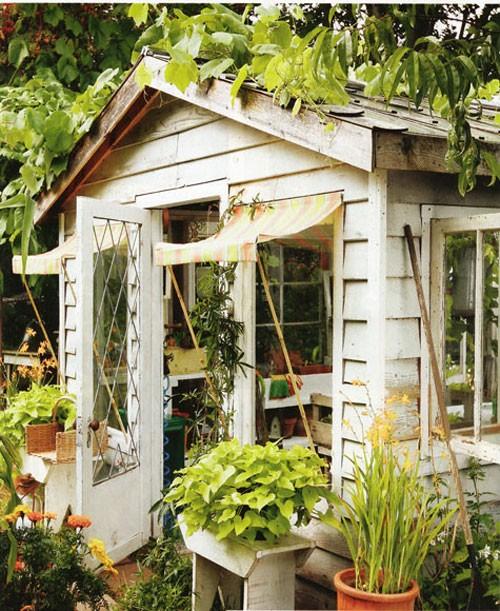 10 Cool Garden Potting Sheds
