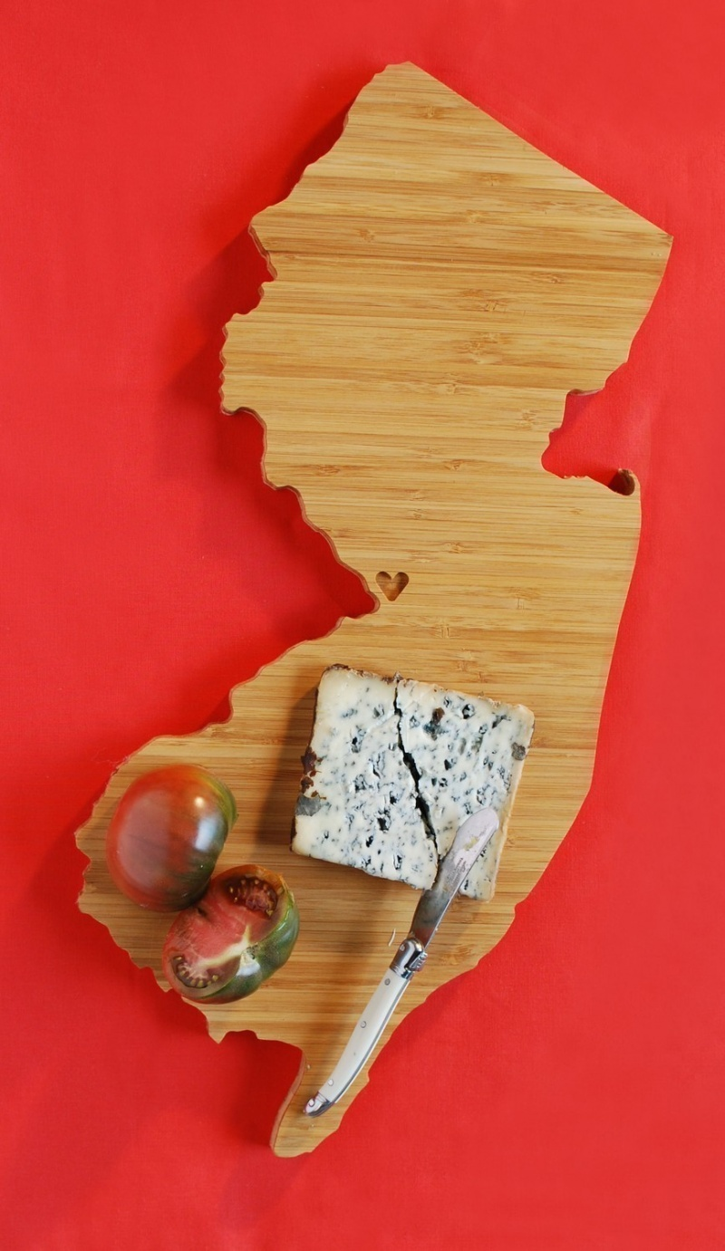 picture of new jersey plyboo cutting board