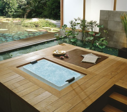 Pond In-Floor Bathtub
