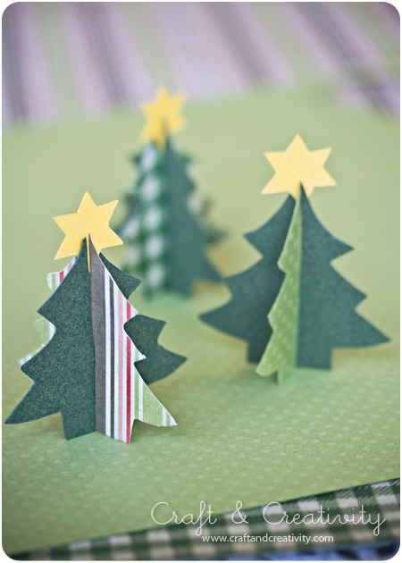 Simple DIY Table Top Christmas Trees (via craftandcreativity)