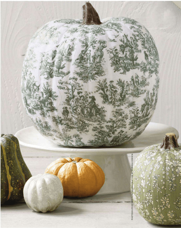 15 Diy Decoupage Pumpkins For Fall And Halloween Decor Toile