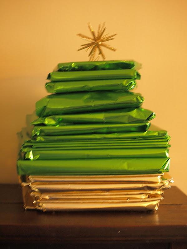 books advent tree