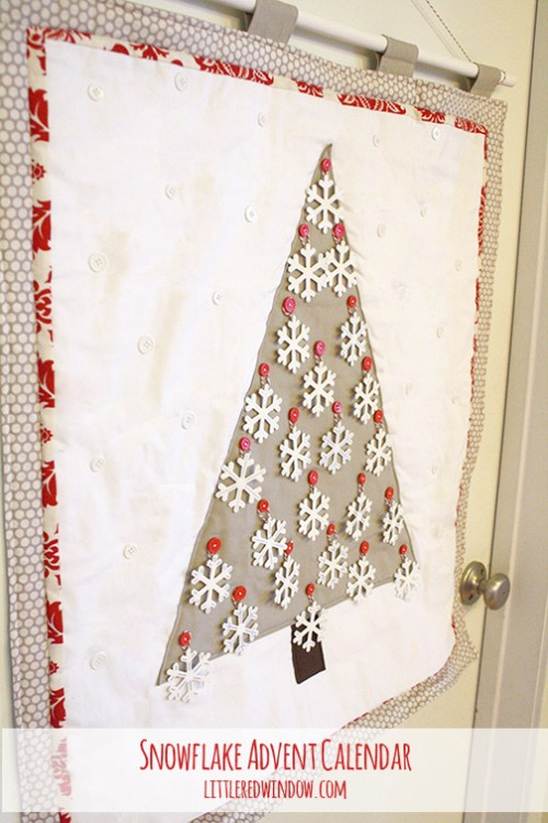 wall advent tree with snowflakes (via littleredwindow)