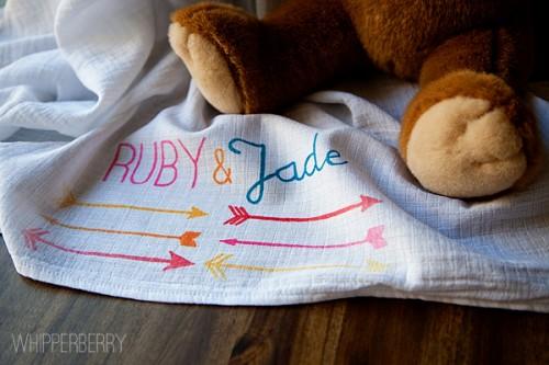 arrow baby blanket (via whipperberry)