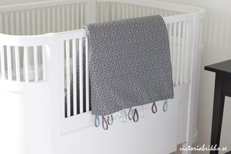 grey baby blanket