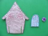 adorable-diy-felt-gingerbread-ornament-3