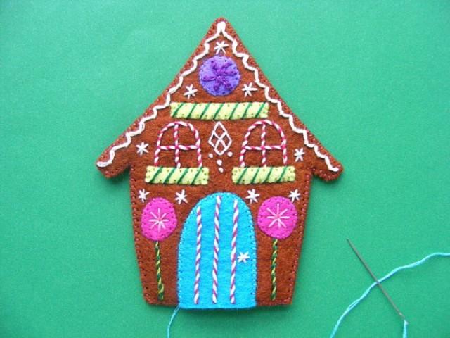 Picture Of adorable diy felt gingerbread ornament  6