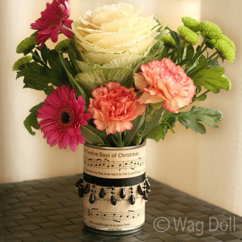 music paper tin can vases (via wagdoll)