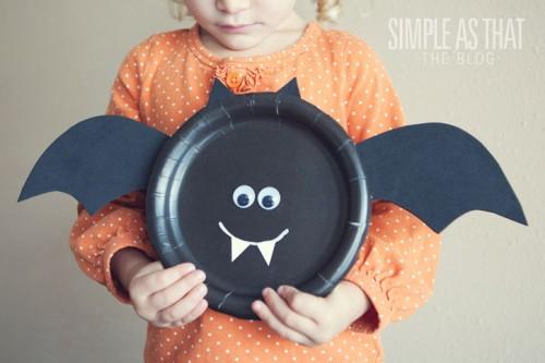 bat paper plate (via simpleasthatblog)