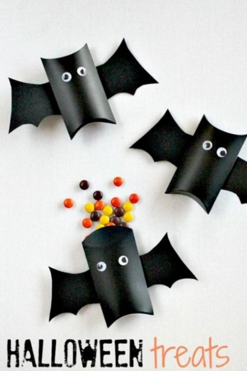 bat treat boxes (via kidsomania)