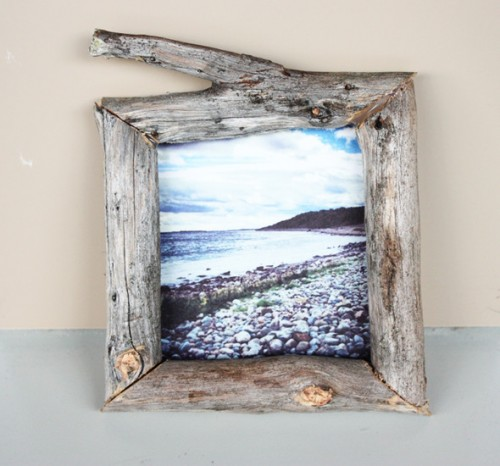 driftwood frame (via morningcreativity)