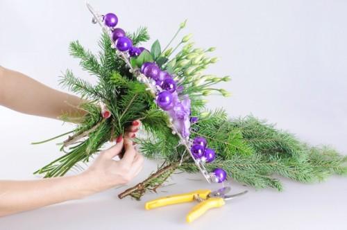 Amazing Christmas Centerpiece Wreath