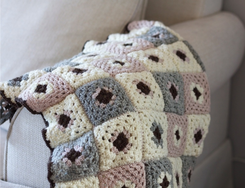 crochet grey and pink blanket