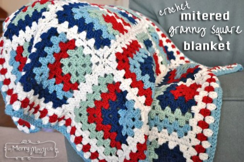 crocheted granny square blanket (via mymerrymessylife)