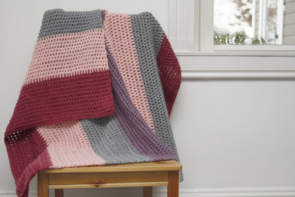 berry knit blanket